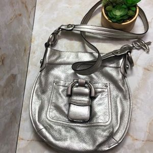 B. Makowsky metallic crossbody purse